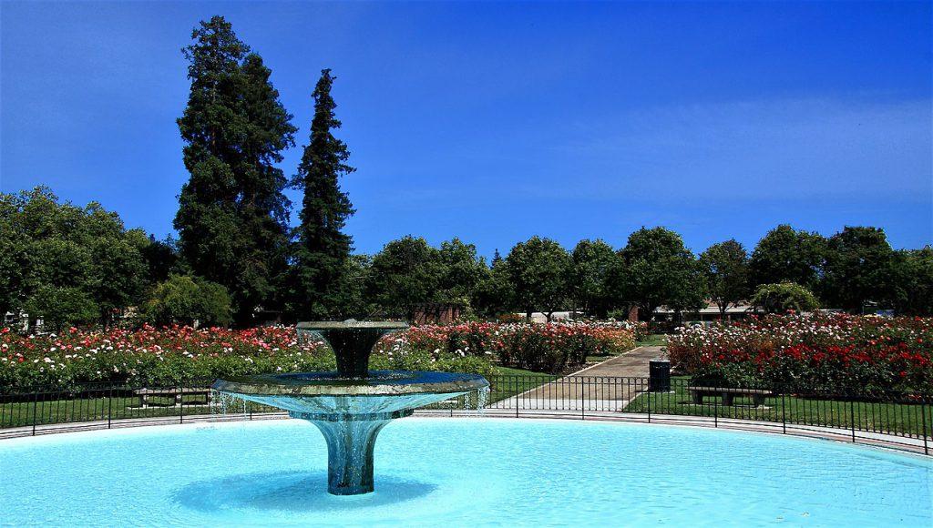 Municipal_Rose_Garden_Fountain,_San_Jose